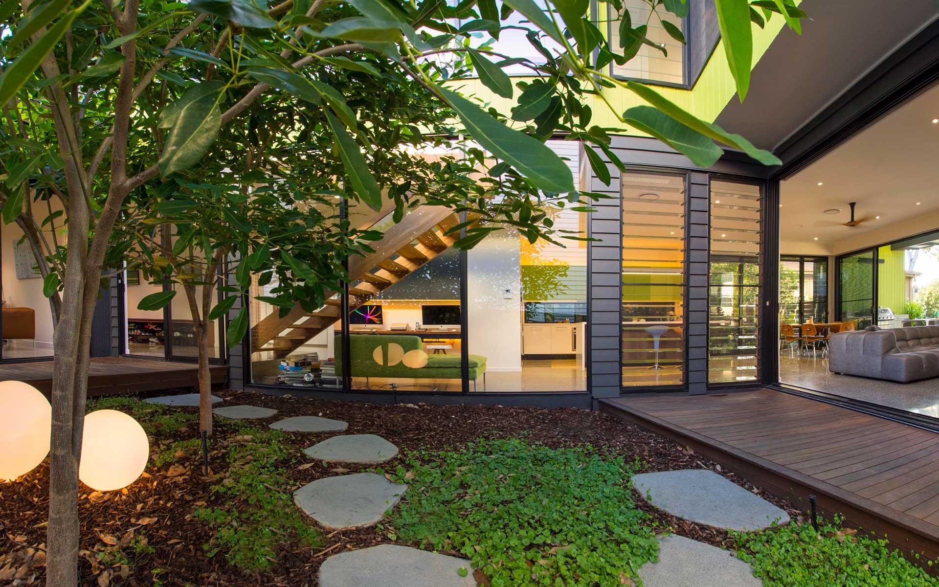 Brisbane builders environmentally designed homes featured for Landscape architect brisbane
